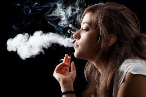 胸を大きくするためには禁煙しましょう